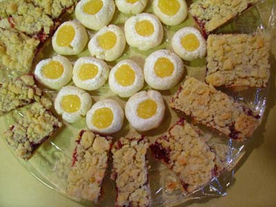 Raspberry Breakfast Bars and Lemon Meltaways